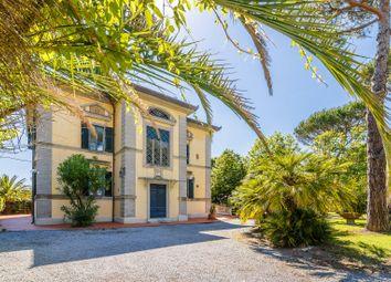 Thumbnail 10 bed villa for sale in Massa, Massa-Carrara, Toscana