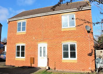 Thumbnail 3 bedroom detached house to rent in Severn Drive, Taunton