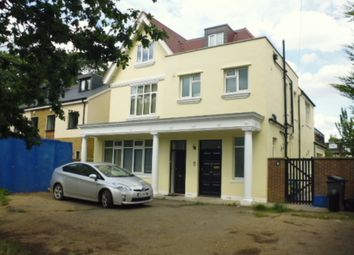 Thumbnail 2 bed flat to rent in Oak Avenue, Hampton