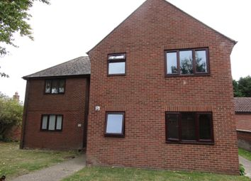 Thumbnail Studio to rent in Hilton Close, Manningtree, Essex