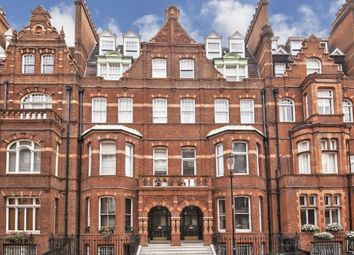 3 bed flat to rent in Draycott Place, London SW3