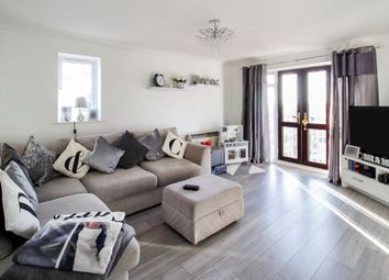 2 bed flat for sale in Harlech Road, Abbots Langley WD5