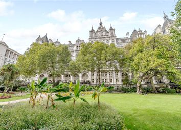 Thumbnail 1 bed flat for sale in Whitehall Court, Westminster, London