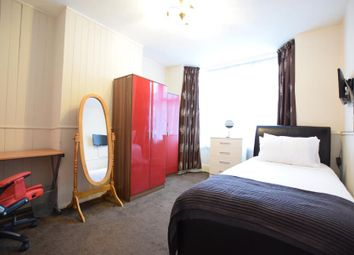 Thumbnail 1 bedroom property to rent in Cranbury Road, Reading