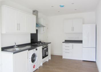 1 bed maisonette to rent in Walton Road, Woking GU21