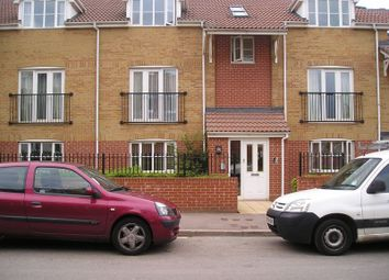 Thumbnail 2 bed flat to rent in Clarence Road, Kingswood, Bristol