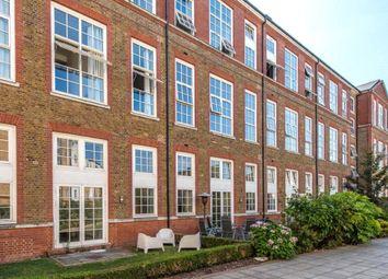 3 bed flat for sale in Enfield Road, Islington, London N1