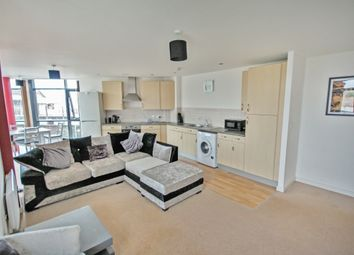 Thumbnail 2 bed flat to rent in Viaduct Road, Chelmsford