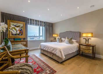 Thumbnail 3 bed flat for sale in Westferry Circus, Canary Wharf, London