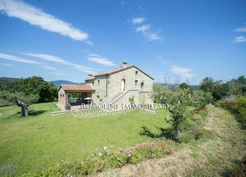 Thumbnail 4 bed farmhouse for sale in Citta di Castello, Umbria, Italy
