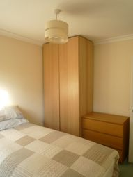 Thumbnail 1 bed flat to rent in Shinfield Road, Shinfield, Reading