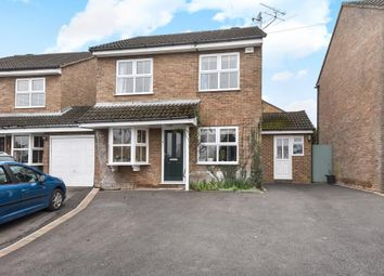 Thumbnail 4 bedroom detached house for sale in Highway Avenue, Maidenhead
