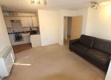 Thumbnail 1 bed flat to rent in Creighton Road, London