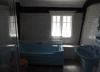 Thumbnail 3 bed cottage to rent in The Street, Cobham, Gravesend, Kent