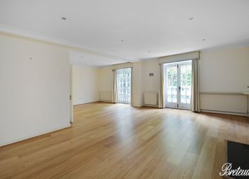 Thumbnail 3 bed flat to rent in Collingham Gardens, London