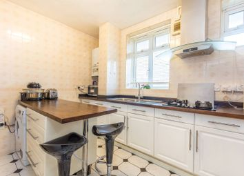 Thumbnail 3 bed flat for sale in Matthias Road, Newington Green