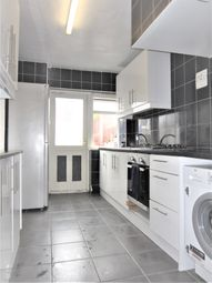 Thumbnail 3 bed property to rent in Penshurst Road, Maidenhead
