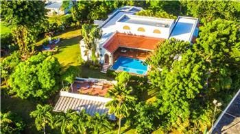 Thumbnail 4 bed property for sale in Saint Vincent, St Vincent And The Grenadines