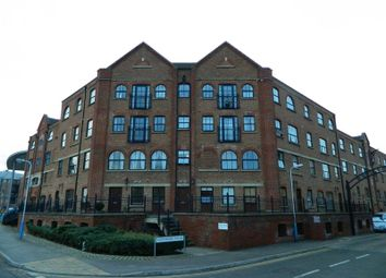 Thumbnail 2 bed flat for sale in Whitefriars Wharf, Tonbridge