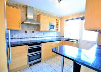 Thumbnail 2 bedroom flat to rent in 18 The Drive, Hove