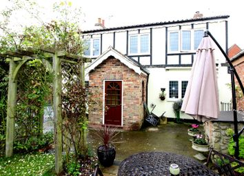 Thumbnail 4 bed property for sale in Bridge Lane, Driffield