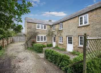 Thumbnail 3 bed cottage to rent in Shipton Road, Milton-Under-Wychwood, Chipping Norton