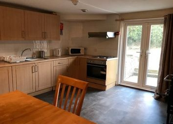 Thumbnail 5 bed flat to rent in Clarendon Road, Southsea