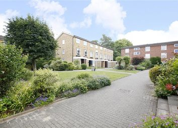 Thumbnail 2 bed flat for sale in Cotelands, Croydon