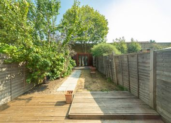4 bed terraced house to rent in Pembroke Road, Muswell Hill, London N10