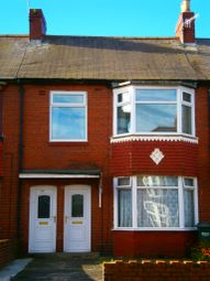 Thumbnail 2 bed flat to rent in Wellington Road, Dunston