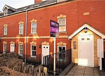 Thumbnail 2 bed flat for sale in London Road, Stroud