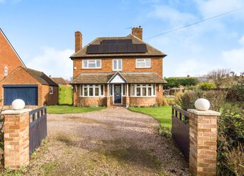 Thumbnail 3 bed detached house for sale in Kineton Road, Wellesbourne, Warwick