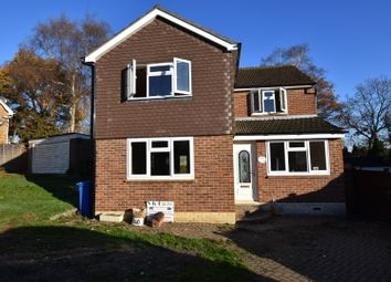 Thumbnail 4 bed detached house to rent in Heathway, Ascot