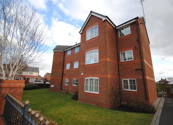Thumbnail 2 bed flat to rent in Brentwood Grove, Leigh