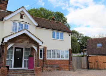 Whitewebs Cottage, Main Road, Ingatestone, Essex CM4. Studio to rent