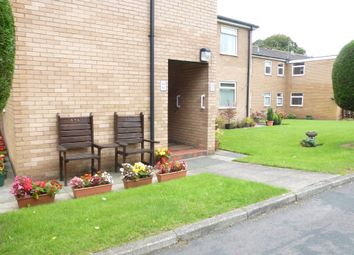 Thumbnail 2 bed flat for sale in Broadfield Drive, Leyland