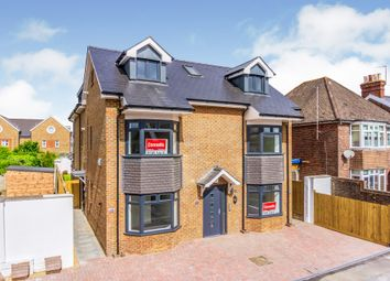 Thumbnail 1 bed flat for sale in Clarence Road, Horsham