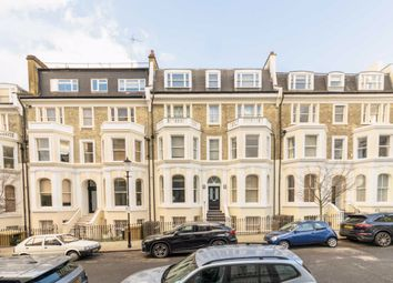 Thumbnail 2 bed flat to rent in Campden Hill Gardens, London
