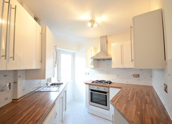 Thumbnail 2 bedroom flat to rent in River Court, Taplow, Maidenhead