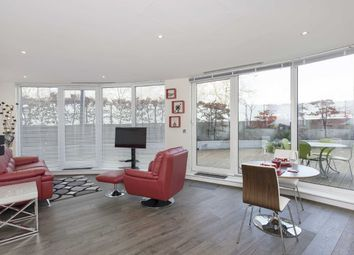Thumbnail 1 bed flat to rent in Centurion Building, Chelsea Bridge Wharf, Battersea, London