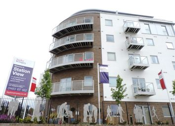Thumbnail 1 bedroom flat to rent in Station View, Guildford