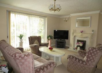 Thumbnail 3 bedroom detached house for sale in Park Avenue, Hull