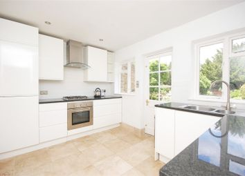 Thumbnail 1 bed flat to rent in High Street, Teddington