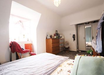 3 bed maisonette for sale in Lynmouth Road, Stoke Newington N16