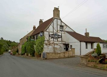 Thumbnail Pub/bar for sale in South Witham, Grantham