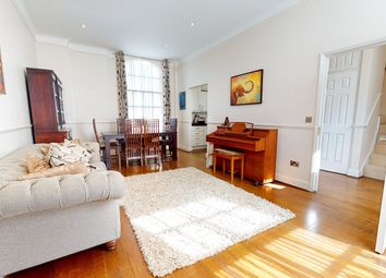 Thumbnail 3 bed town house to rent in Redhill Street, London