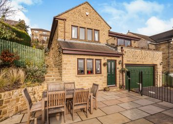 Thumbnail 3 bed detached house for sale in Low Road, Thornhill, Dewsbury