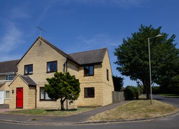 Thumbnail 4 bed detached house to rent in Oxlease, Witney