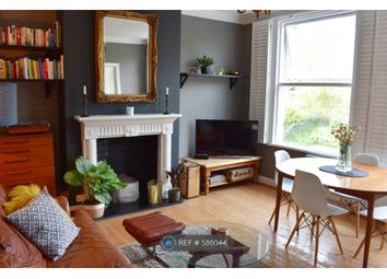 Thumbnail 2 bed flat to rent in Warren Avenue, Bromley
