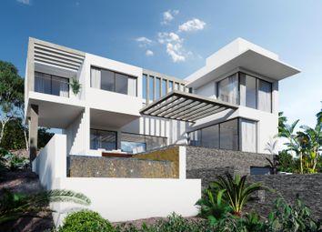 Thumbnail 5 bed villa for sale in Rio Real, Marbella East, Malaga, Spain